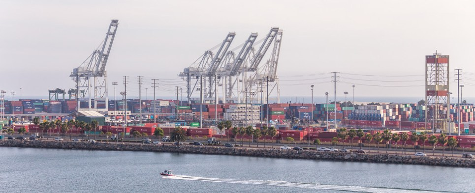 The Port of Long Beach handled more shipments of export cargo and import cargo in international trade in 2015.
