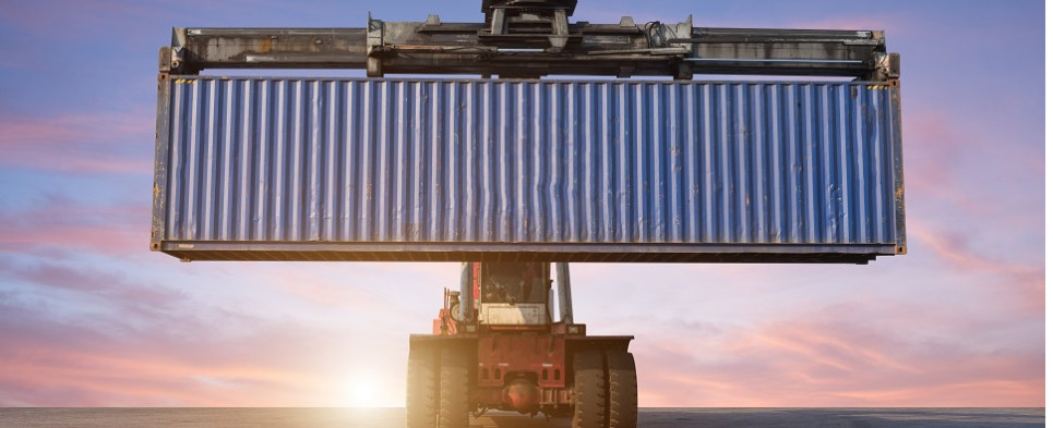 Trade organization comments on agreement to obtain container weight for ocean shipments of export cargo and import cargo in international trade.