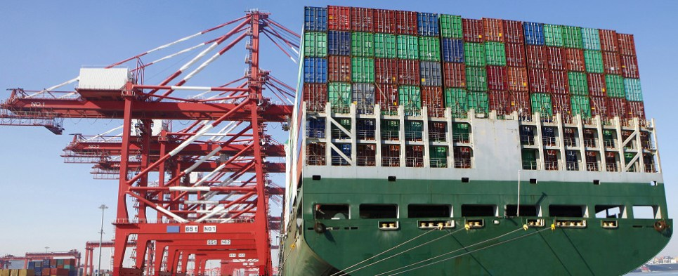 Liner shipping seeing slow growth in shipments of export cargo and import cargo in international trade.