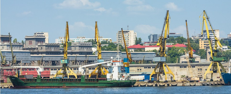 DP World to develop capabilities in Ukraine to handle shipments of export cargo and import cargo in international trade.