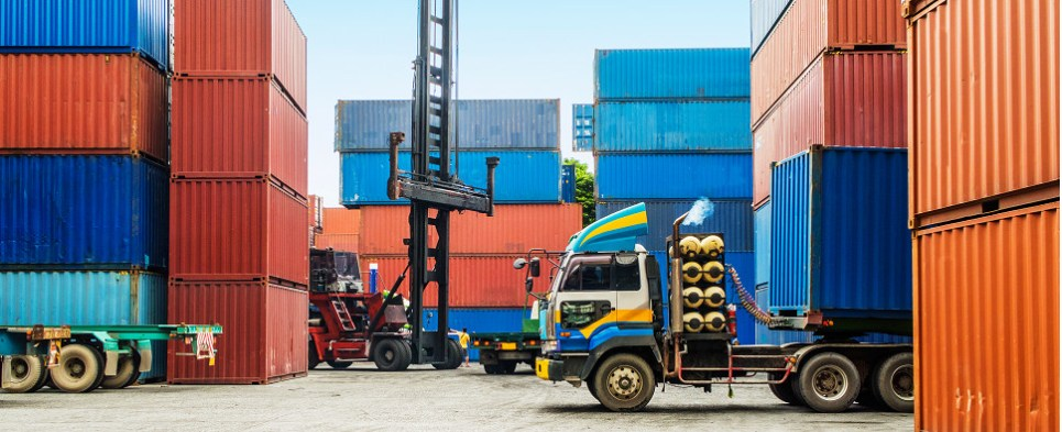 WTO sees slower growth in shipments of export cargo and import cargo in international trade.