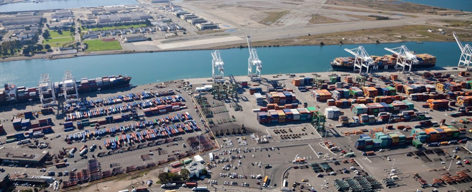 Port of Oakland is investing to hndle more shipments of export cargo and import cargo in international trade.