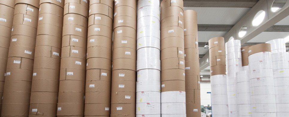 Commerce is starting investigation in to Canadian paper shipments of export cargo and import cargo in international trade.