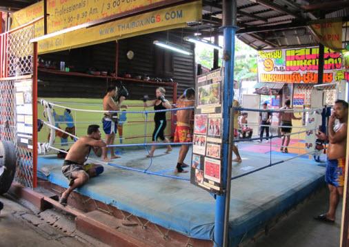 https://i0.wp.com/www.globaltravelmate.com/uploads/images/thailand/bangkok/bangkok_sorvorapin_boxing_gym.jpg?w=723
