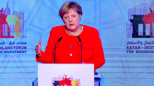 Merkel, German intel chief clash on 'foreigner hunt' reports