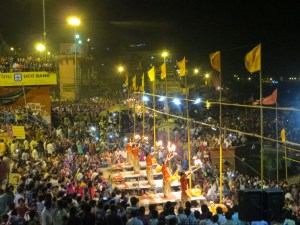 Fig. 1. Evening arati ceremony on Dasashvamedha ghat in Varanasi. Photo by Kelly D. Alley, June 2014