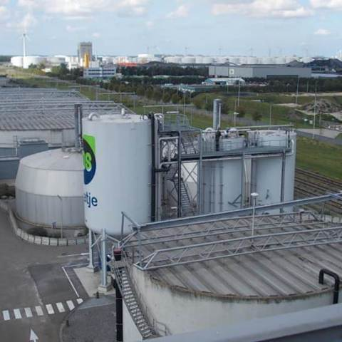 AirPrex P-Recovery Amsterdam - Three Reactor Design
