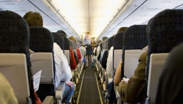 6 Bad Habits That Could Get You Kicked Off A Plane