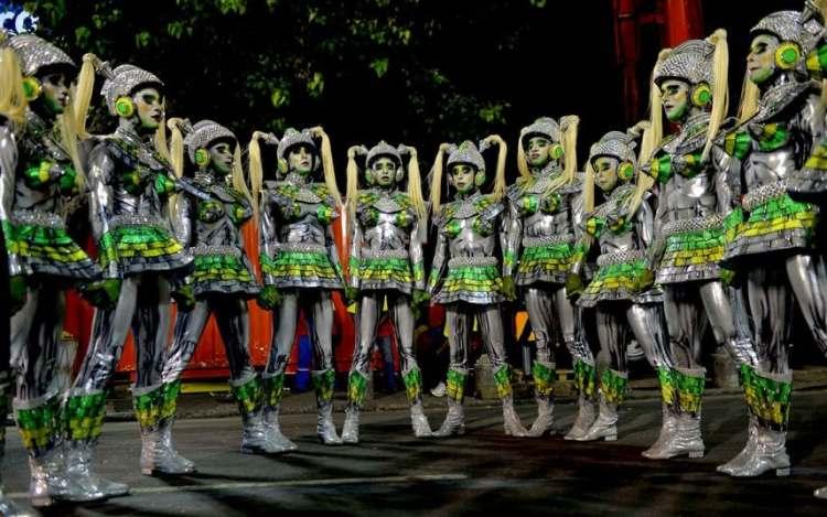 Rio carnival robot