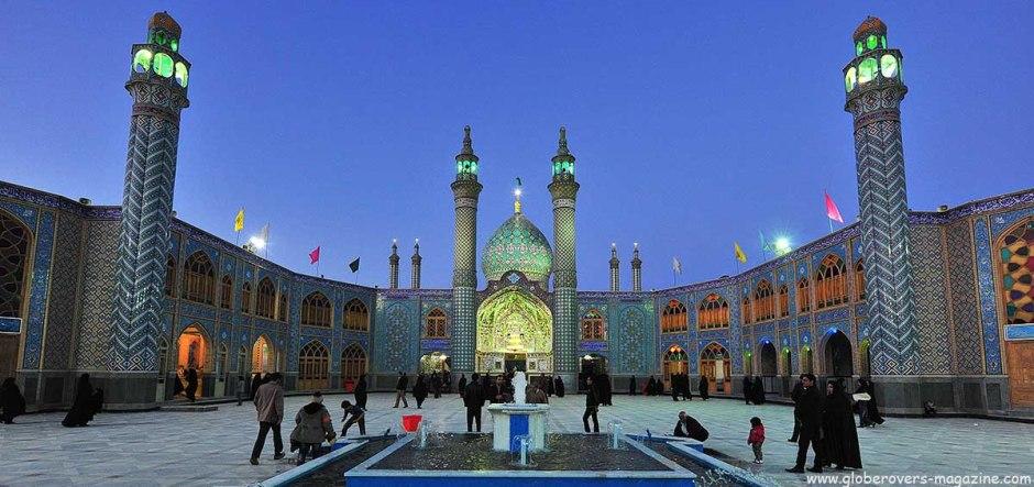 Mohammad Helal Ibn Ali mausoleum, Aran, Kashan, IRAN.