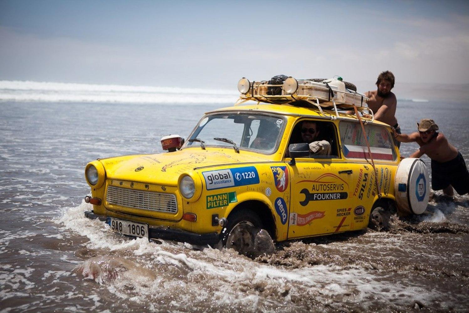 Transtrabant im Wasser