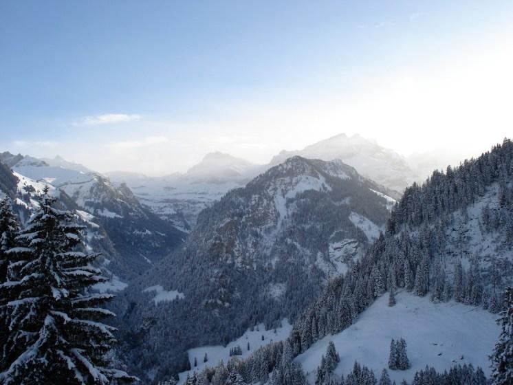 Kiental_Winter_Travelita