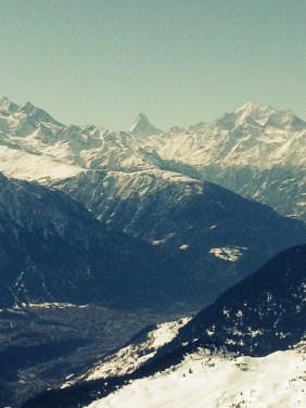 Bettmeralp mit Sicht aufs Matterhorn