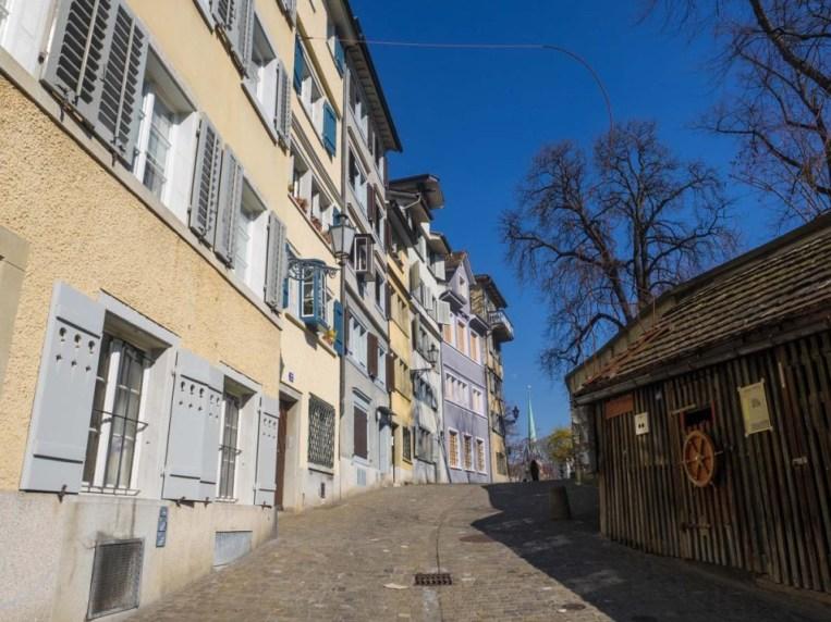 24-Stunden-in-Zurich-altstadt