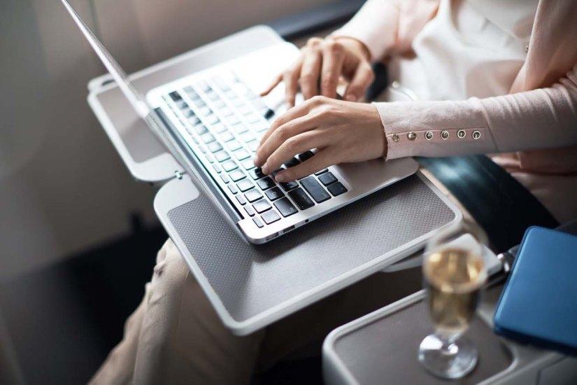 Premium Economy Cathay Pacific21