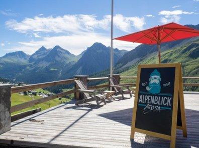 Die traumhafte Aussicht vom Alpenblick