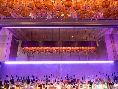 Die stylishe Bar vom Hotel Schweizerhof