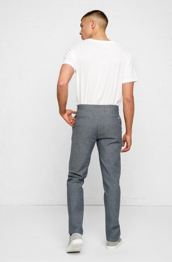 04 SELFNATION_Chino Men_Linen Denim_Straight Fit_Back_72dpi