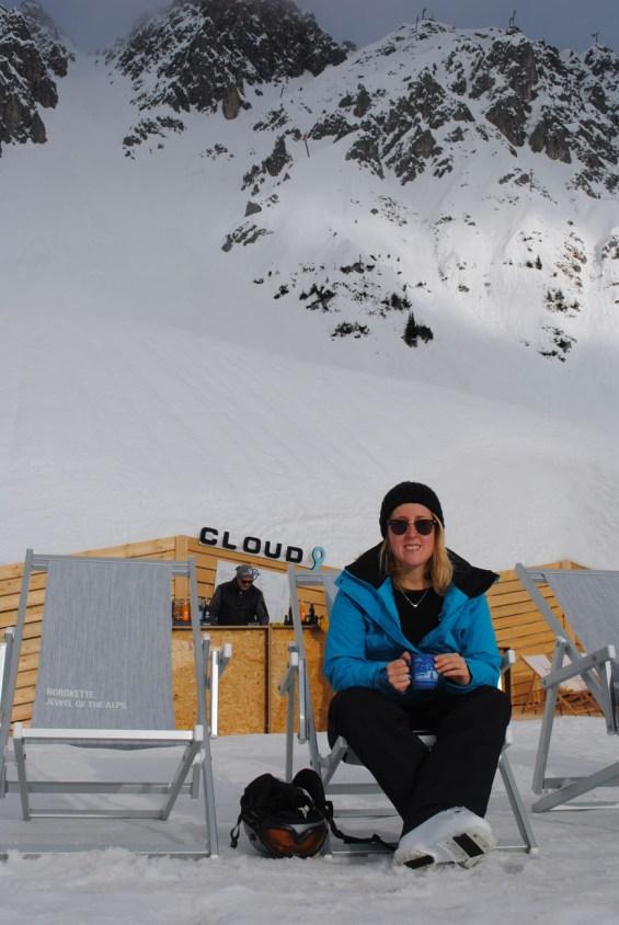 Autorin Eva Hirschi geniesst das winterliche Innsbruck