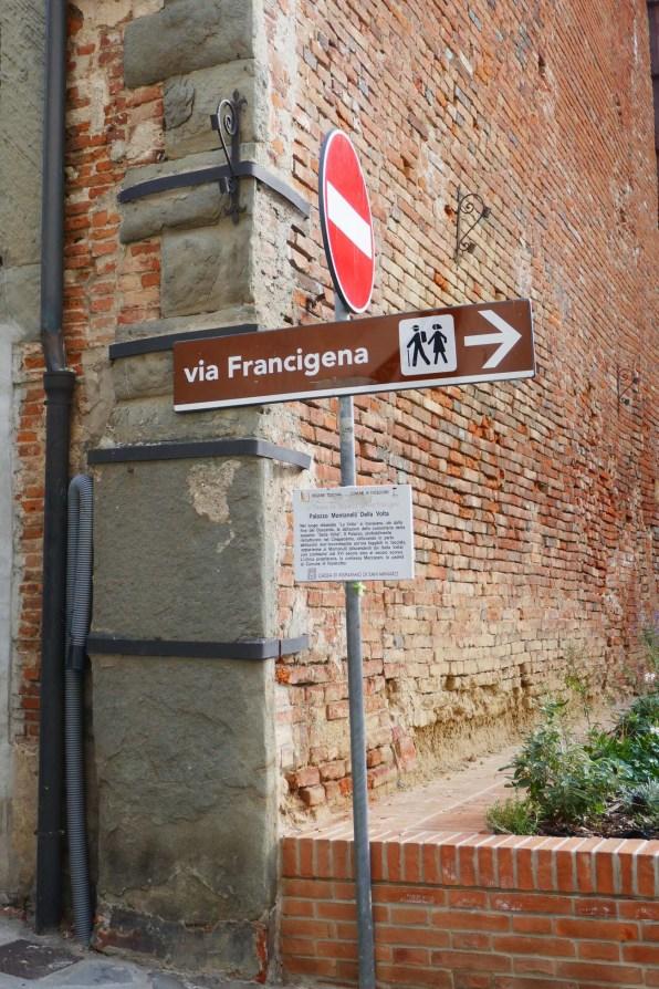 Toskana_18 Fucecchio Wegweiser Via Francigena