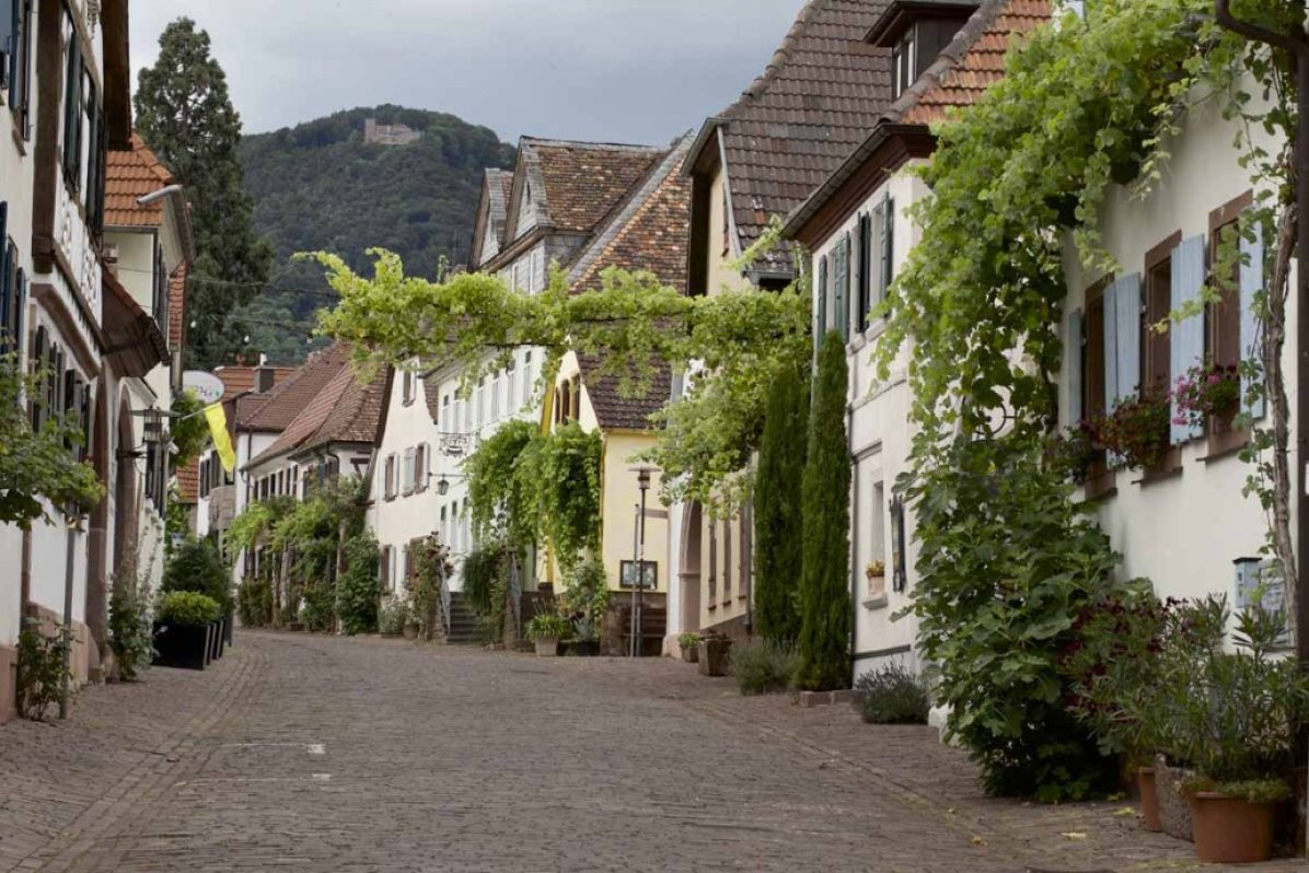 Deutschlands schönste Strasse: die Theresienstrasse.