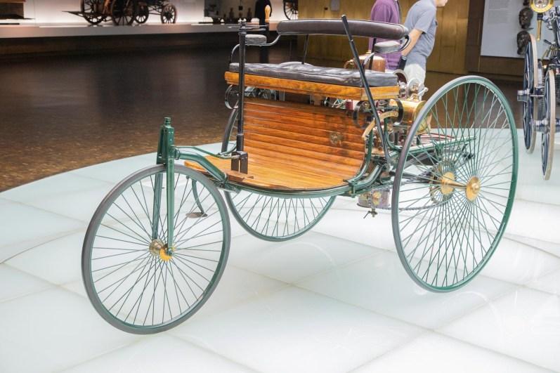Mercedes Benz Museum Stuttgart 6