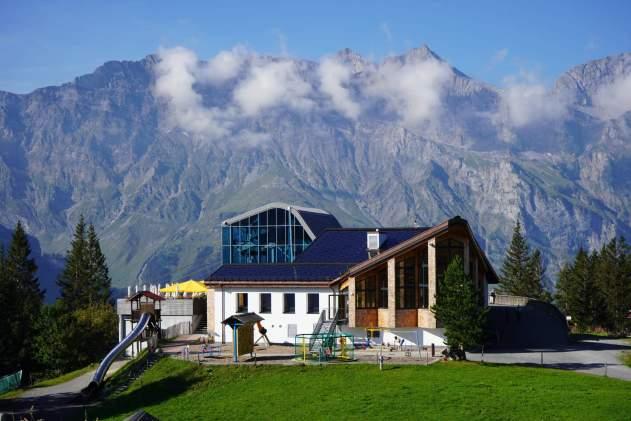 Die neu renovierte Berglodge Ristis © Eva Hirschi