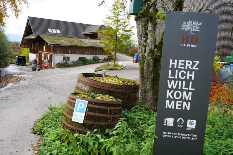Seit Generationen wird der Haldihof als Bio-Obstbaubetrieb bewirtschaftet. © Eva Hirschi
