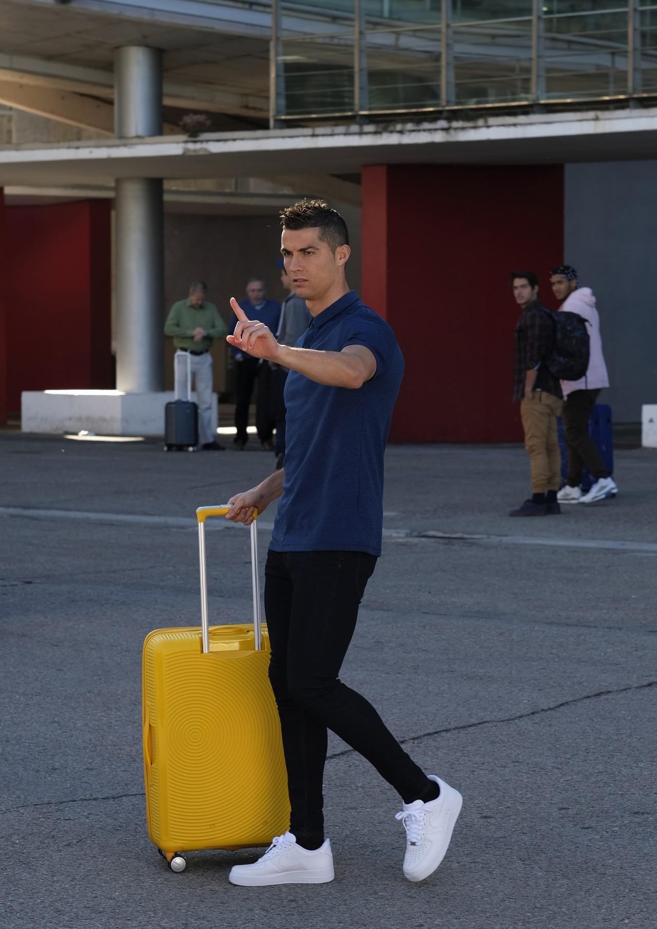 American Tourister Cristiano Ronaldo  campagna  Bring Back More  foto