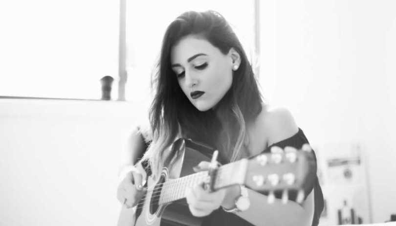 Play Guitar Online