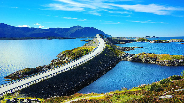 The Most Beautiful Places in the World - Atlantic Ocean Road, Norway