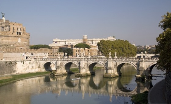 bridge-in-rome