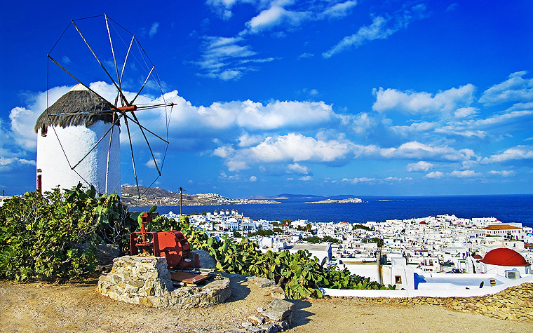 The Greek Island of Mykonos - the top 10 Greek Islands