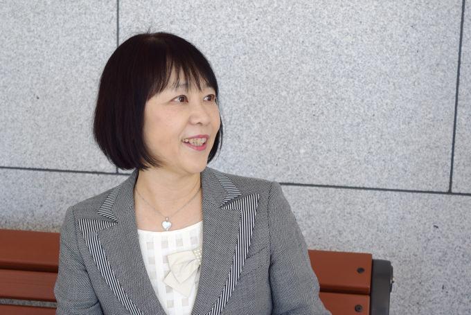 赤ちゃんが言語(日本語・英語)を獲得していくプロセスについて語る玉川大学 佐藤久美子 教授