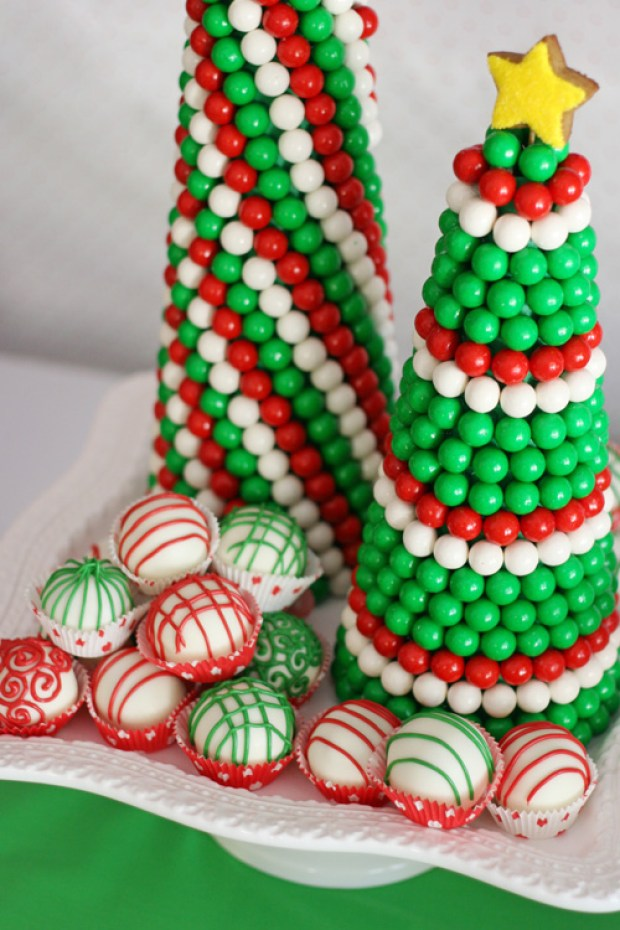 Christmas Gumball Trees (for a Christmas Dessert Table) - glorioustreats.com