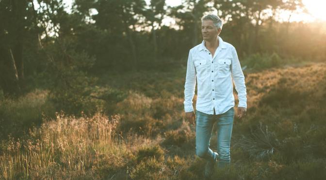 Gerald Troost geeft vragen en hoop de ruimte op nieuwe cd 'Alles Nieuw'