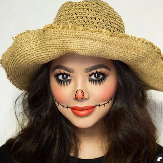 Halloween scarecrow makeup by @danyaguillen