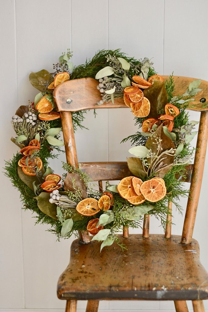 DIY Christmas Wreath With Dried Oranges And Florals