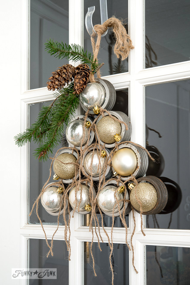 Mason Jar Lid Ornament Christmas Wreath