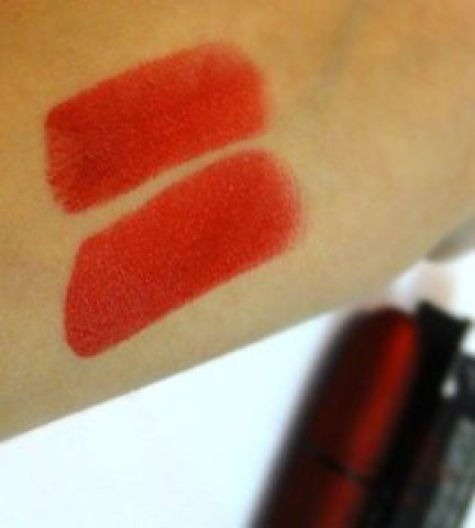 MAC viva Glam Rihana Frost Review (5)