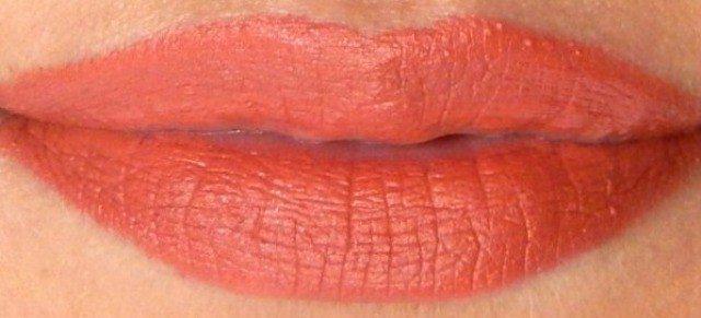 Kryolan Lipstick Fashion 403 Review 3