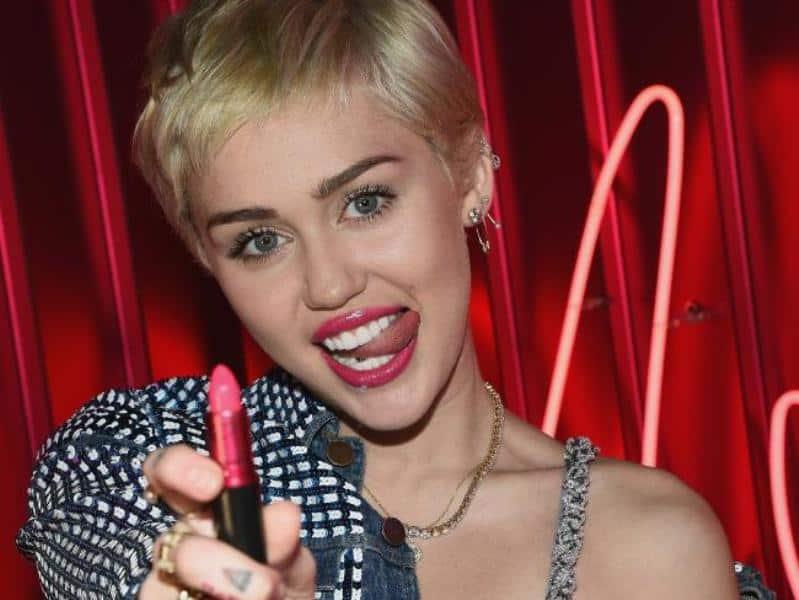 MAC VIVA Glam Miley Cyrus Dupes