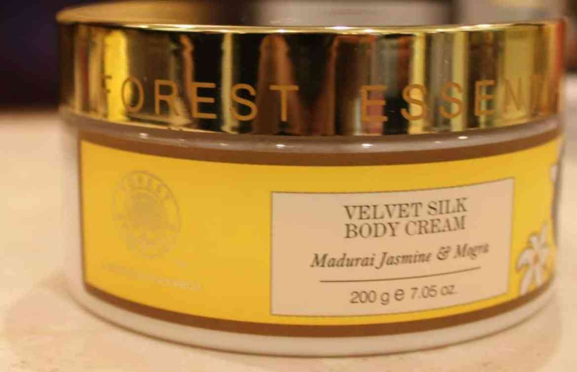 Forest Essentials Velvet Silk Body Cream Madurai Jasmine & Mogra Review