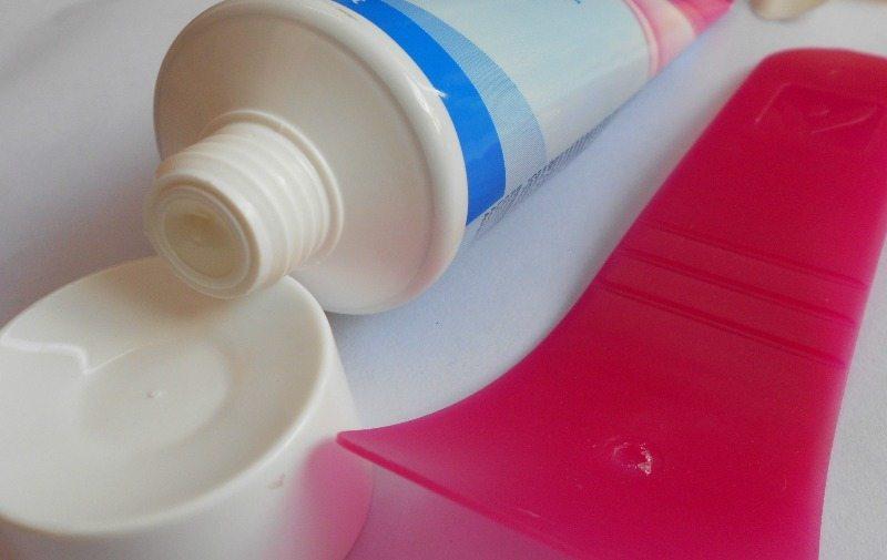 Veet Hair Removal Cream for Sensitive Skin Review 3