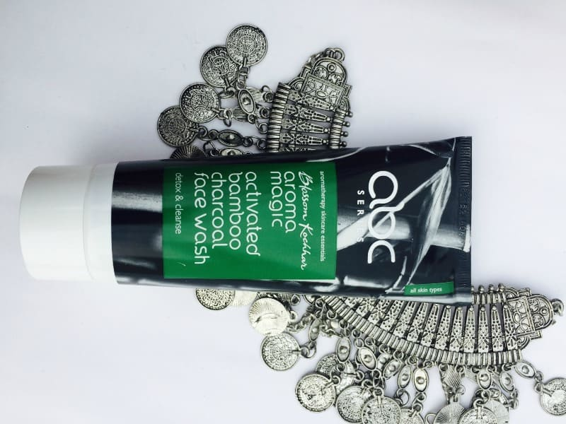 Aroma Magic Charcoal Face Wash
