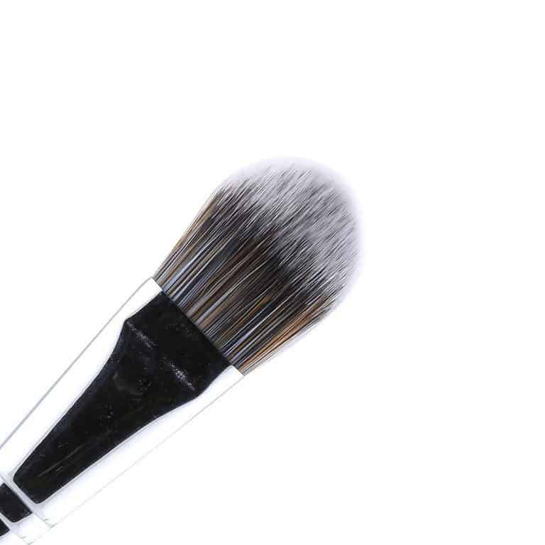 Different Types of Makeup Brushes and Their Uses 4