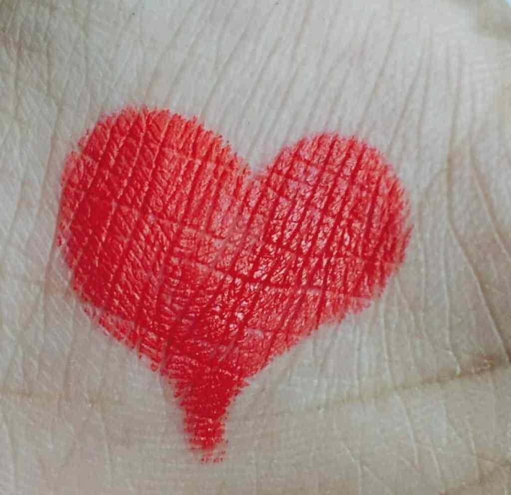 Lakme Enrich Lip Crayon Red Stop