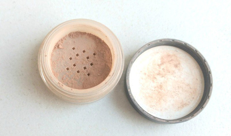 ID Bare Minerals Foundation SPF 15 Review 1