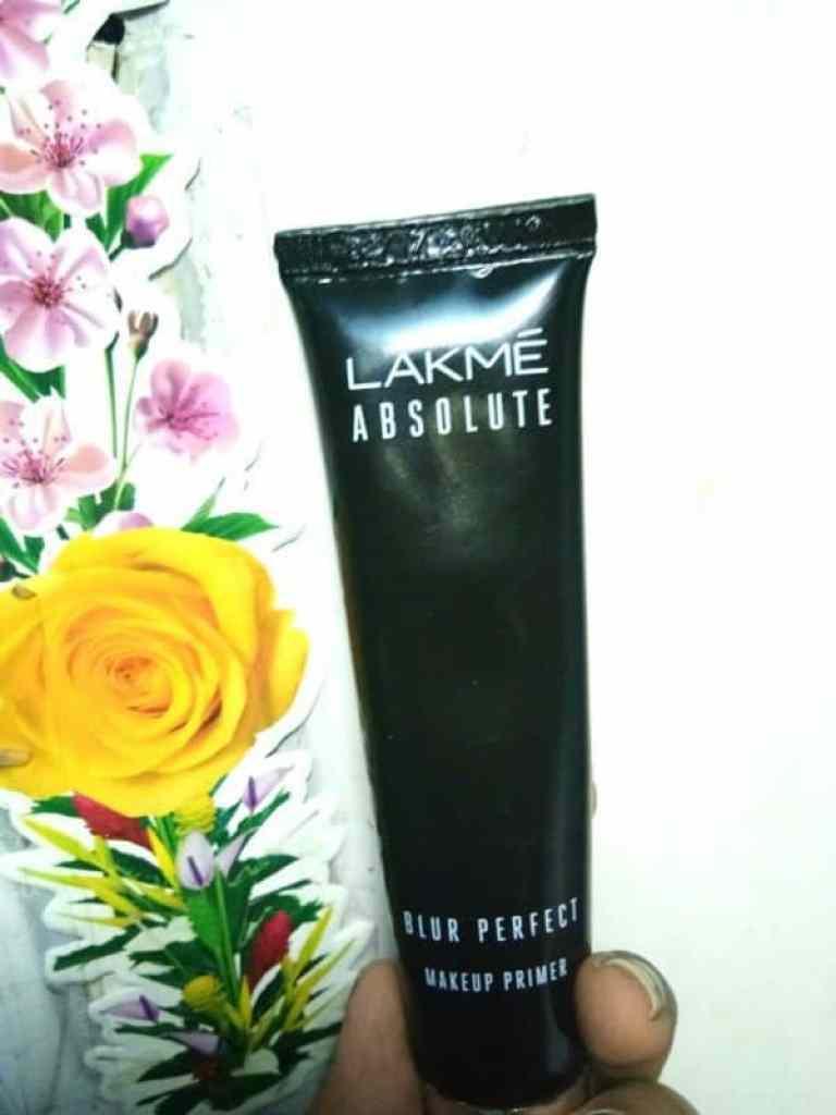 Lakme Absolute Blur Perfect Makeup Primer Review 1