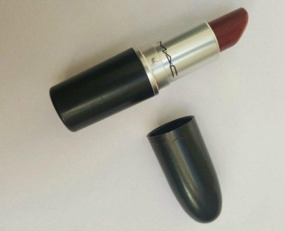 MAC Dubonnet Amplified Lipstick Review 2